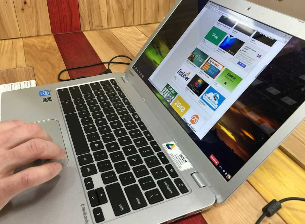 Chromebook run android apps