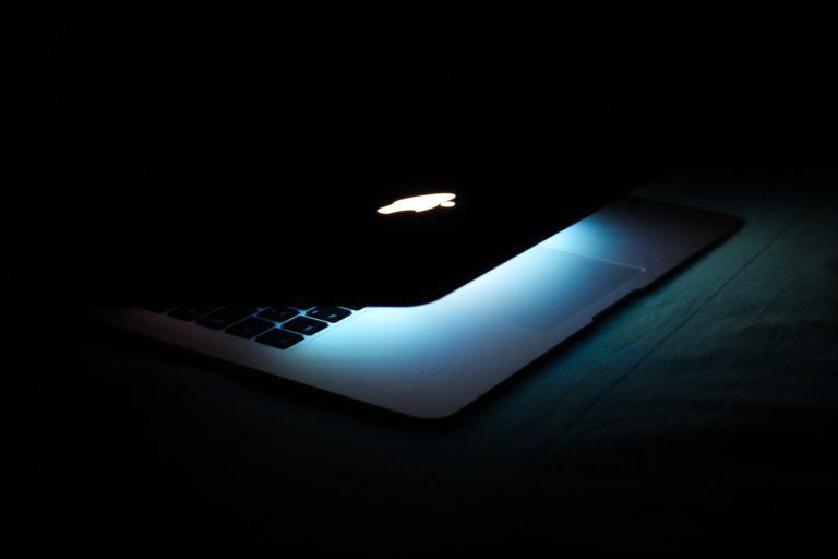 chromebook vs macbook air m1